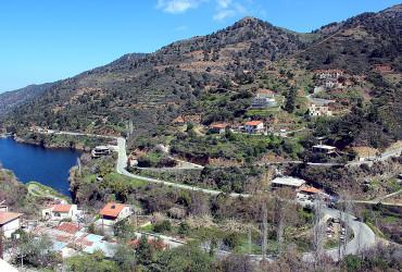 Kalo-Panayiotis-village-water-dam-view-point_-Grand-Tour-excursion_GRAND-TOUR_5